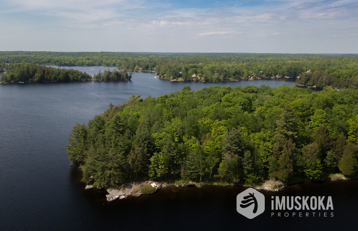 12 AC Private Island on Manitouabing