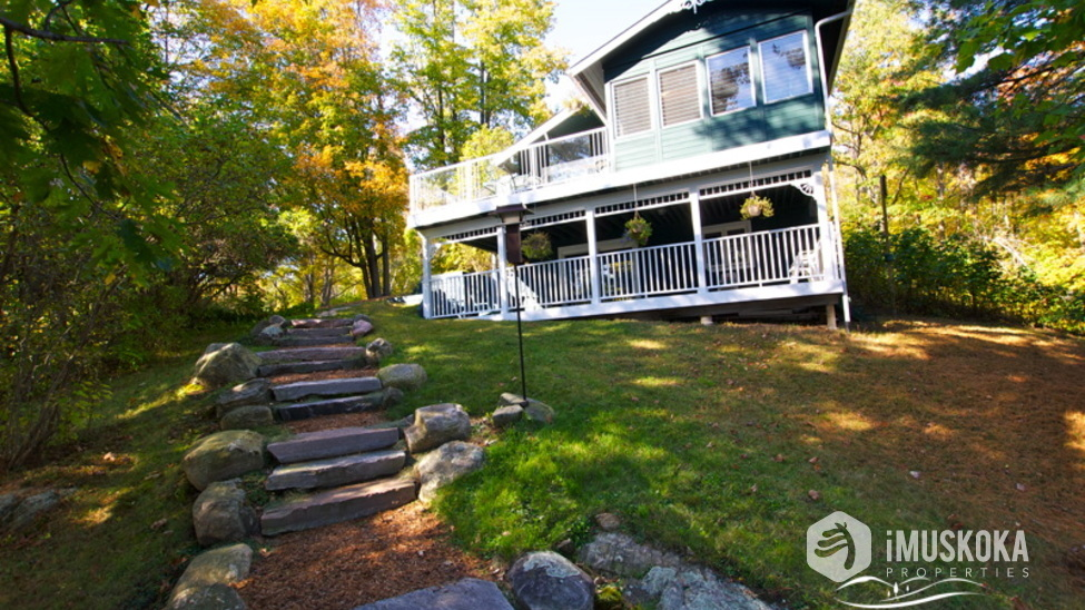 Year Round Cottage stone step landscaping to a year round, winterized Muskoka cottage for sale.